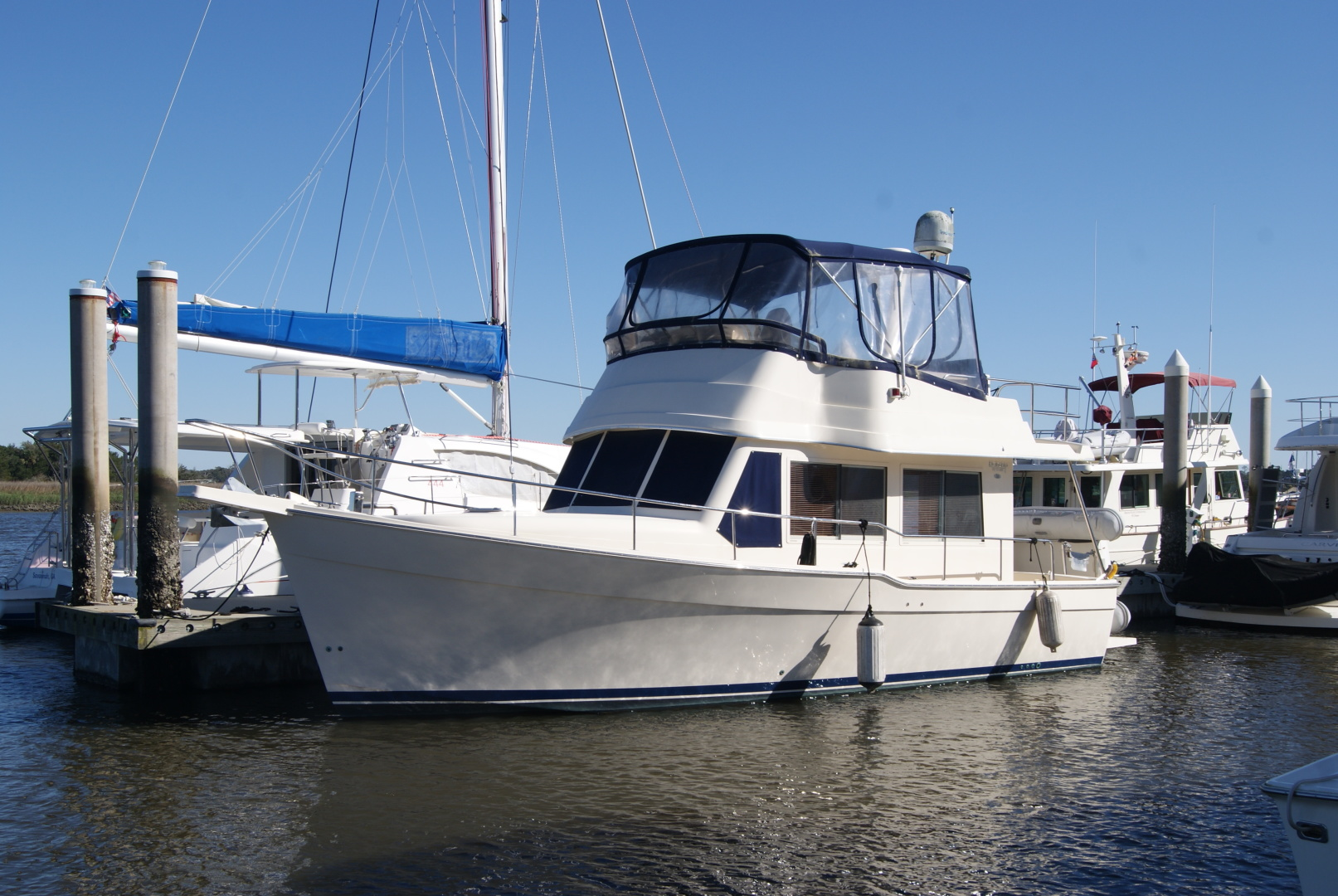 "2005 Mainship 34' 34  ""Wind In The Face IV"""