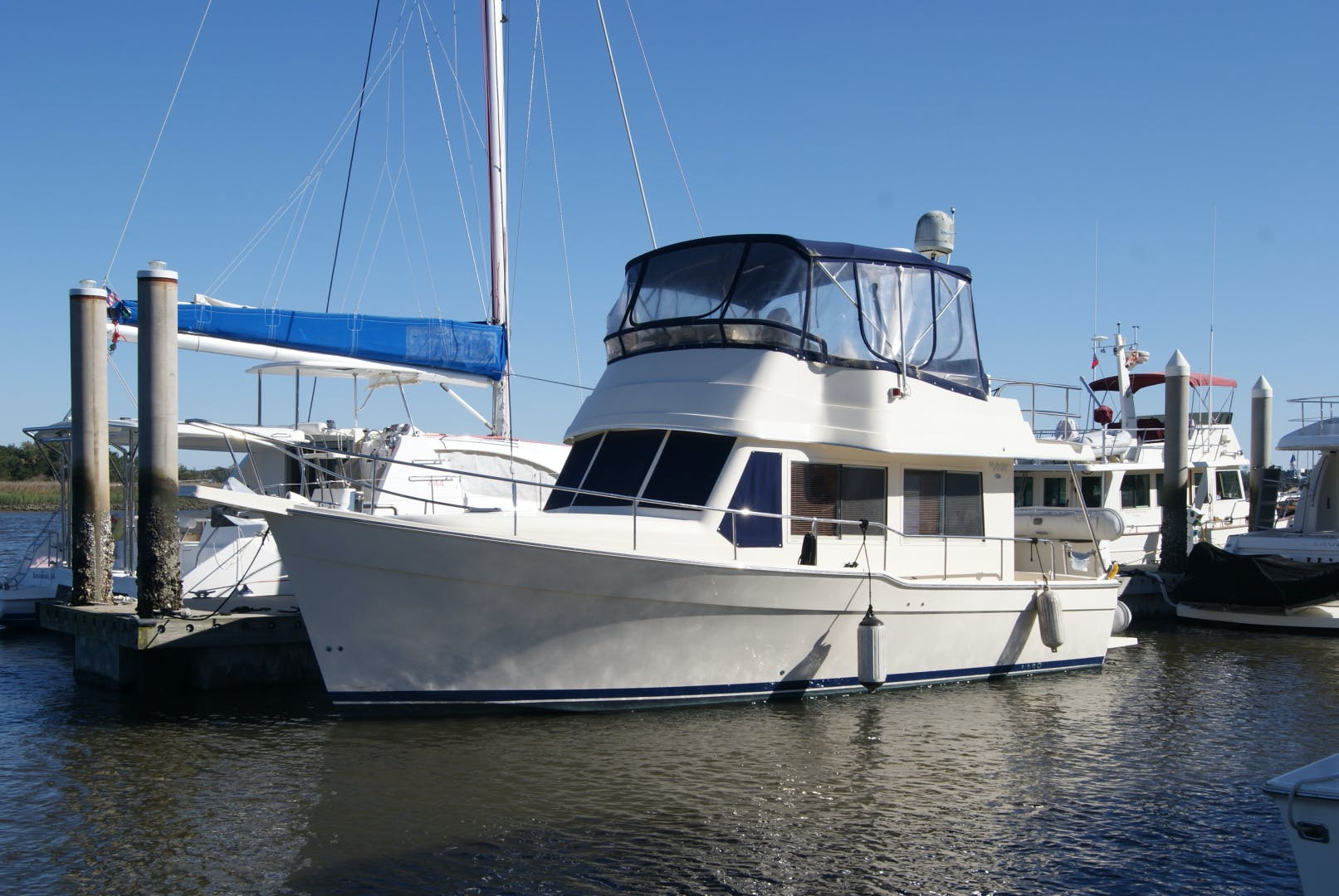 2005 Mainship 34' 34  Wind In The Face IV | Picture 1 of 61