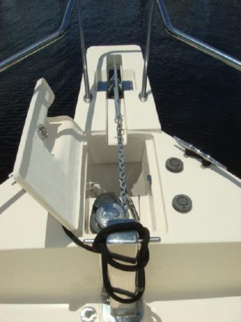 2005 Mainship 34' 34  Wind In The Face IV | Picture 8 of 61