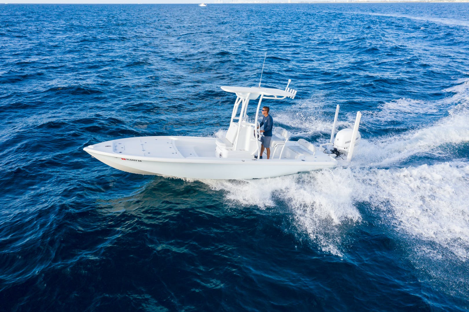 2021 Yellowfin 24' 24 Bay CE 24 Bay CE | Picture 4 of 15
