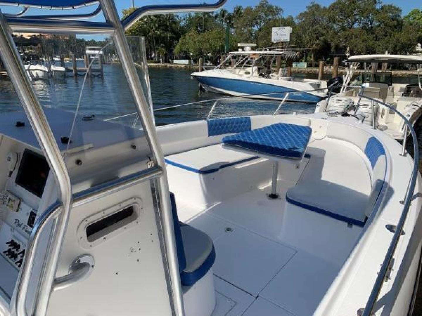 2003 Stamas 29' 290 Tarpon 290 Tarpon | Picture 4 of 21
