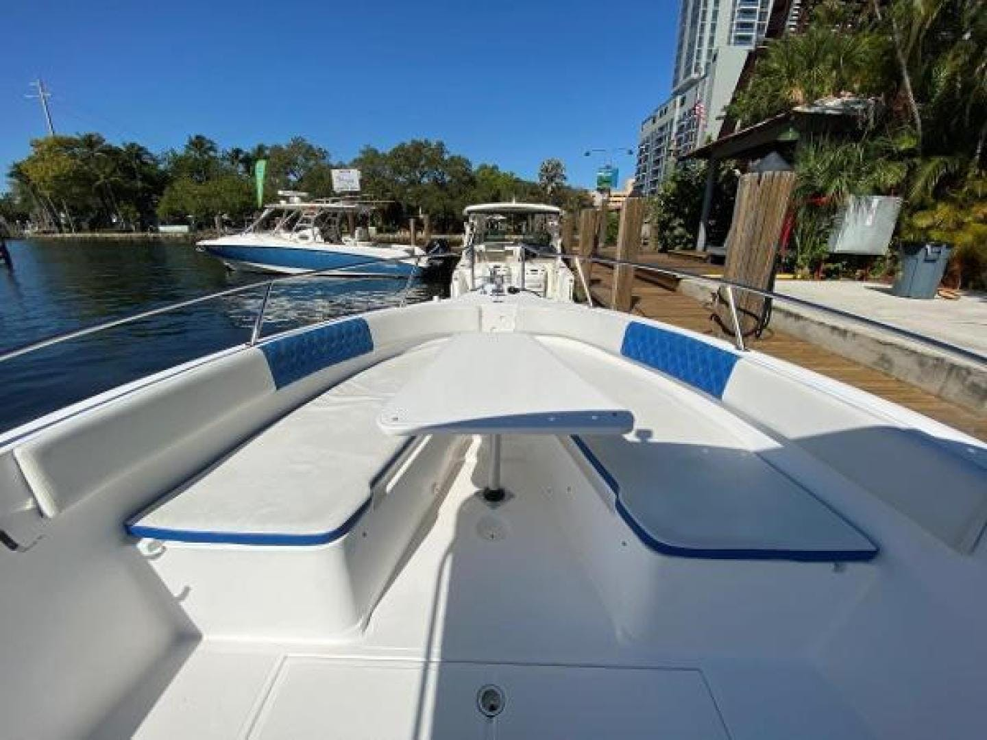 2003 Stamas 29' 290 Tarpon 290 Tarpon | Picture 8 of 21
