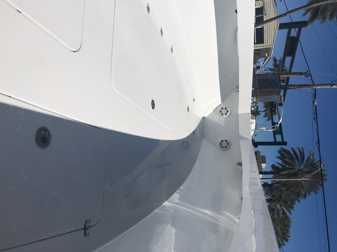 2017 Conch 33' 33 Center Console 33 Center Console | Picture 8 of 11