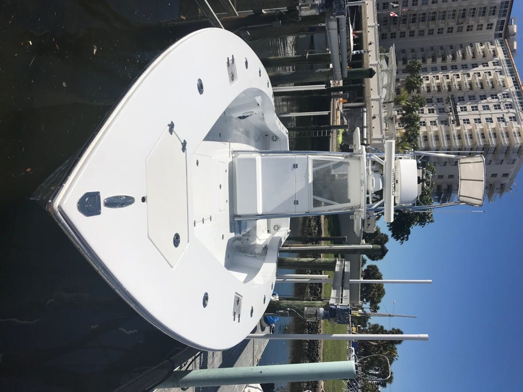 2017 Conch 33' 33 Center Console 33 Center Console | Picture 5 of 11