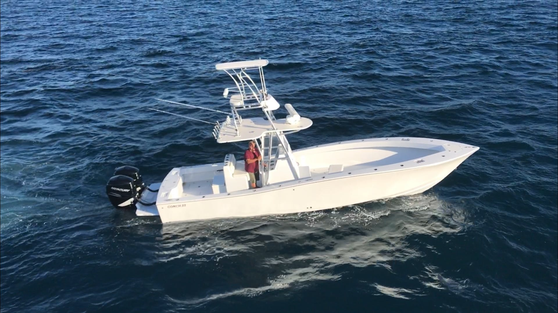 2017 Conch 33' 33 Center Console 33 Center Console | Picture 1 of 11