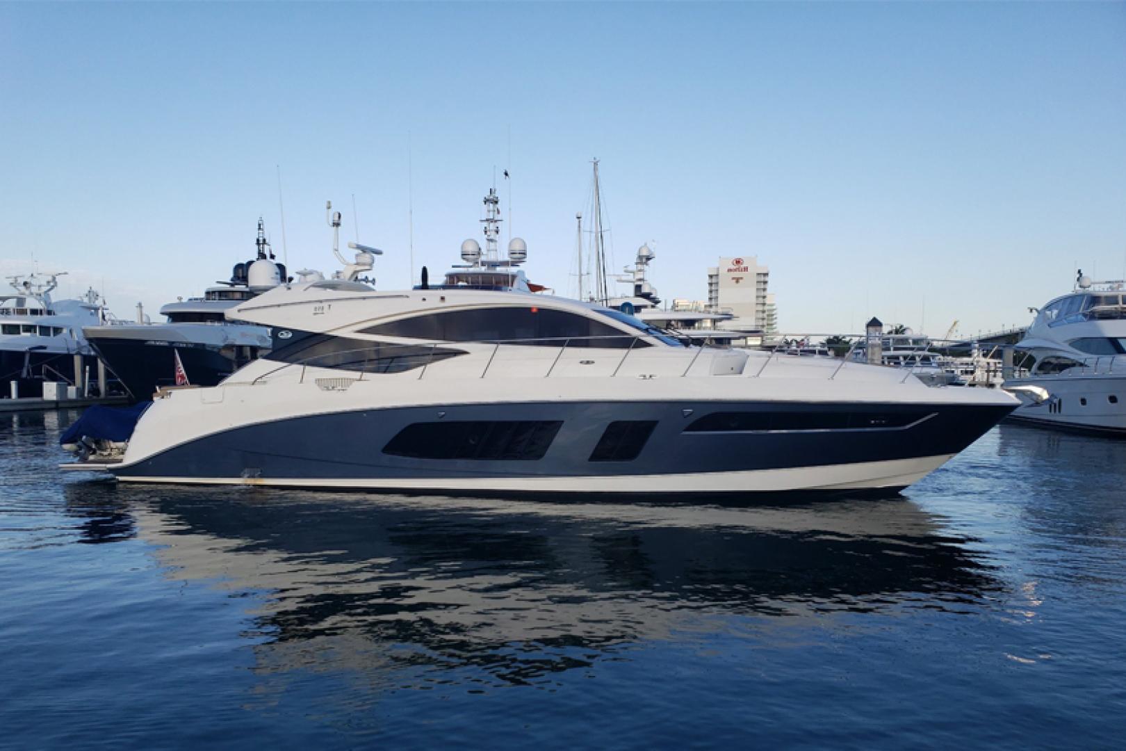 """2016 Sea Ray 65' L650 Express """"Cozy"""""""