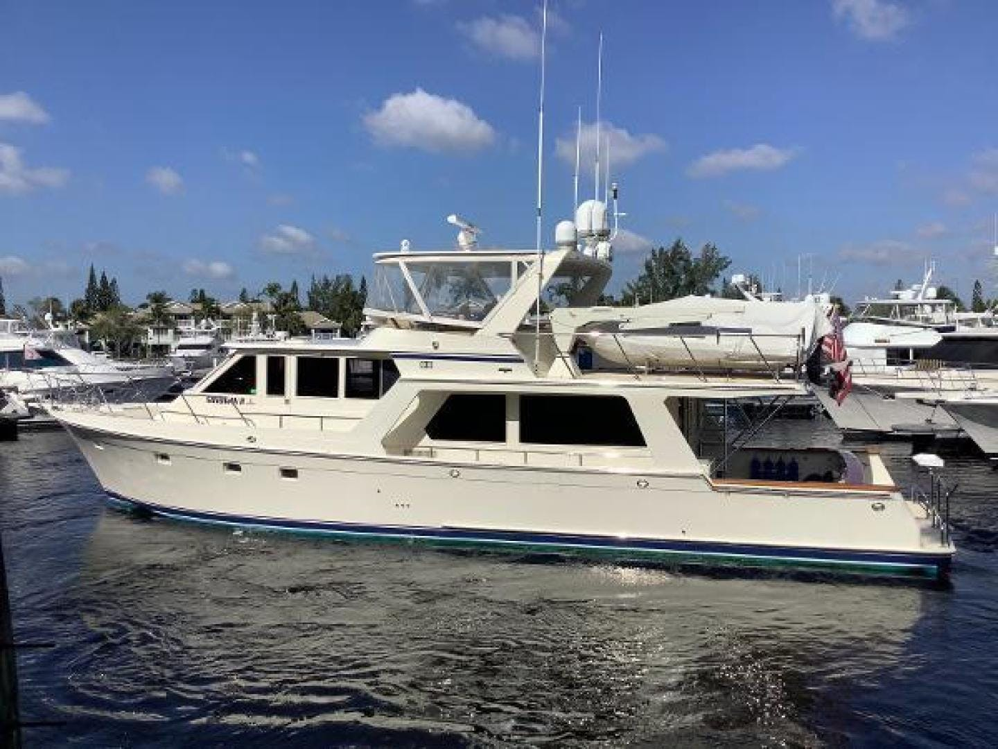 2001 Offshore Yachts 62' 62 Pilot House Sandman II | Picture 3 of 31