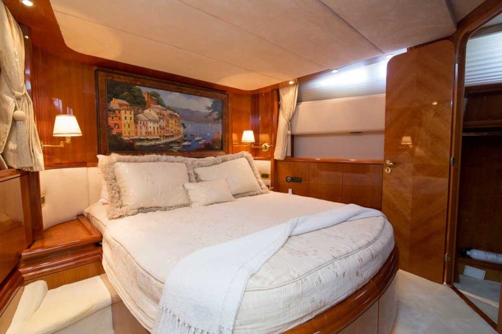 2001 Azimut 80' Motor Yacht Enchanted Lady | Picture 1 of 91