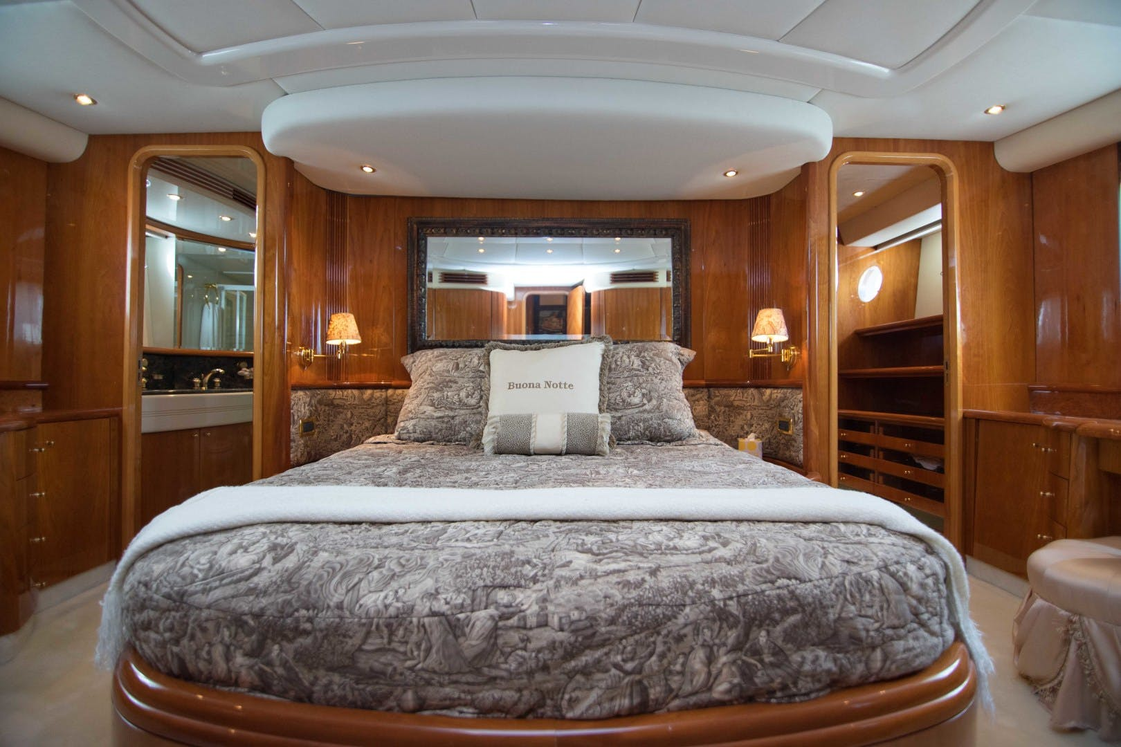 2001 Azimut 80' Motor Yacht Enchanted Lady | Picture 4 of 91