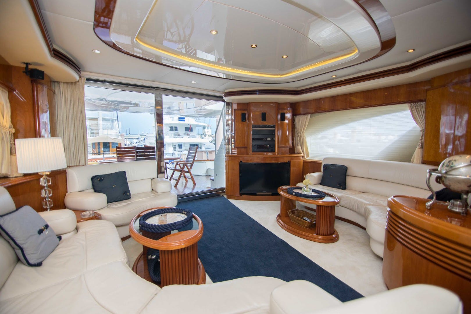 2001 Azimut 80' Motor Yacht Enchanted Lady   Picture 4 of 91