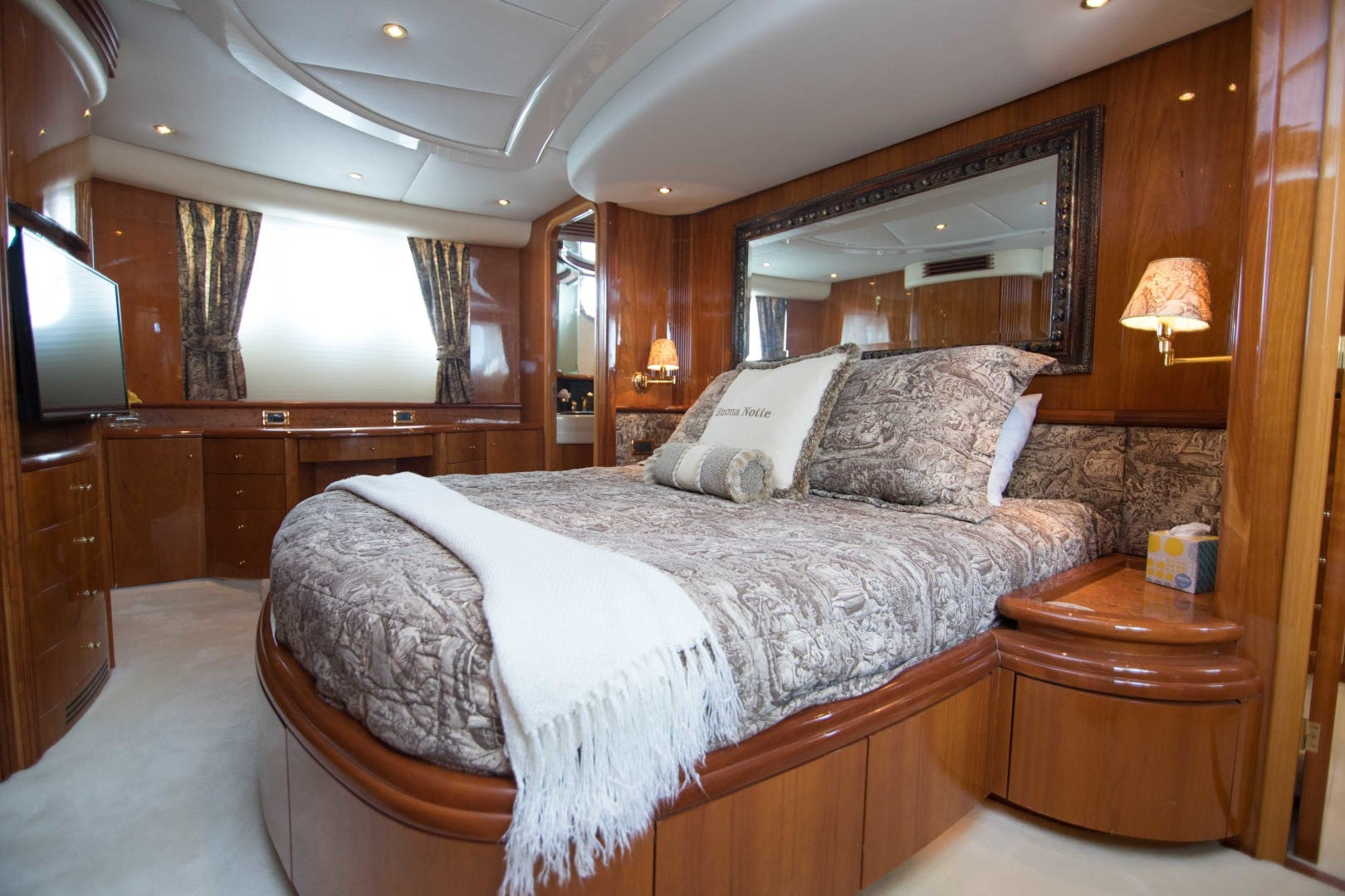 2001 Azimut 80' Motor Yacht Enchanted Lady   Picture 3 of 91