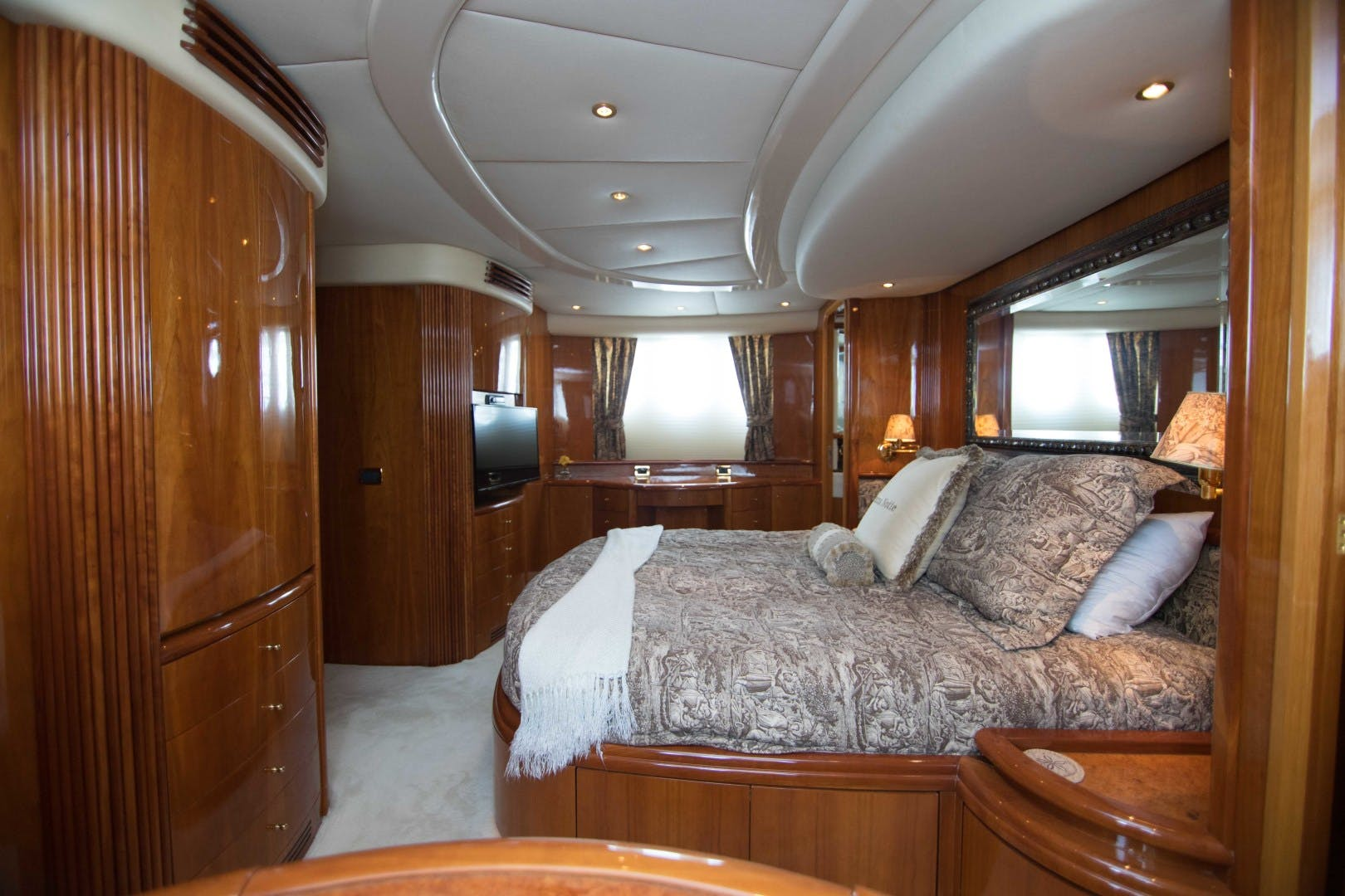2001 Azimut 80' Motor Yacht Enchanted Lady | Picture 6 of 91