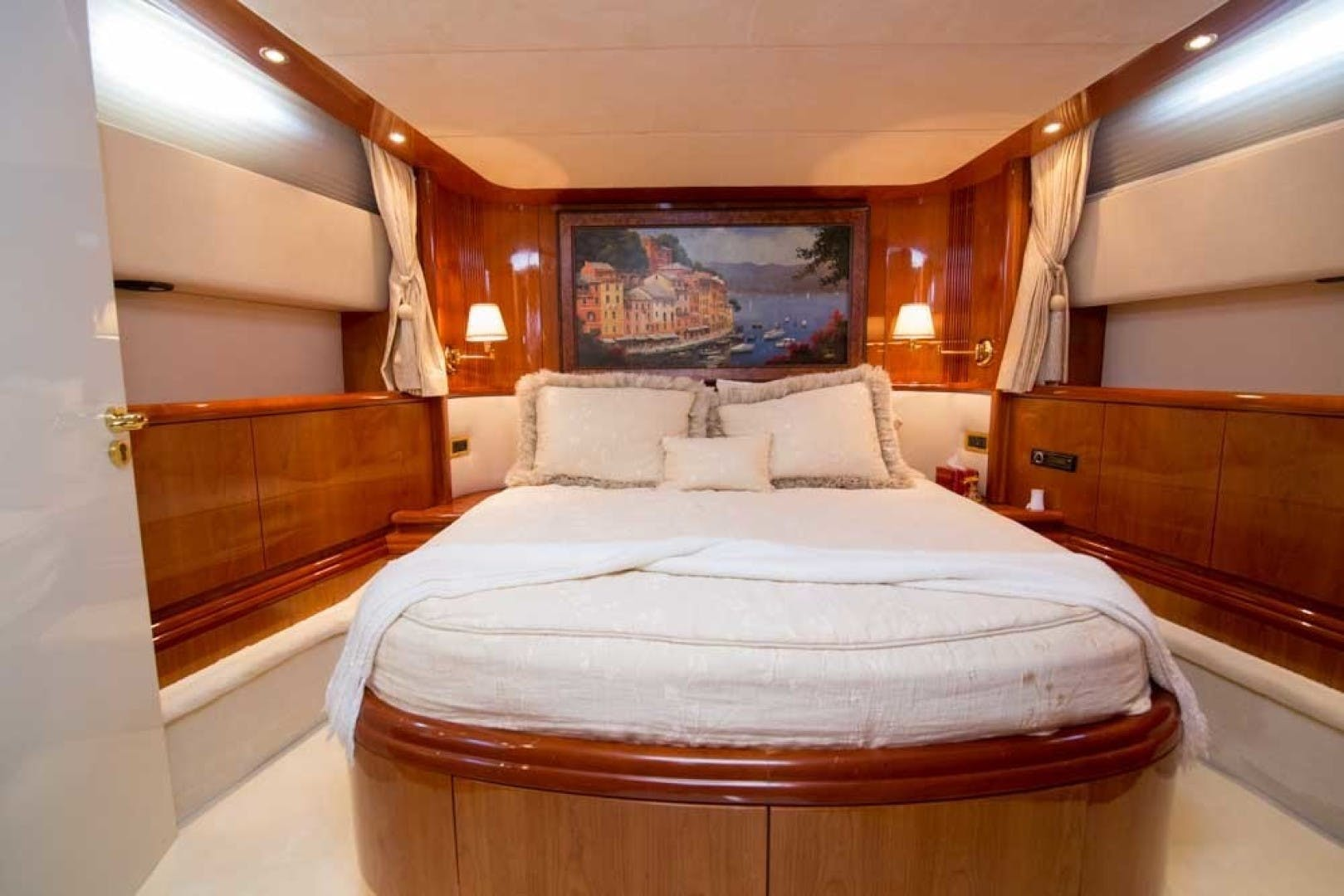 2001 Azimut 80' Motor Yacht Enchanted Lady | Picture 7 of 91