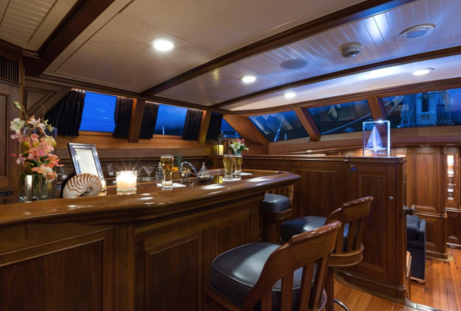 2004 Alloy Yachts 108'  Marae | Picture 7 of 16