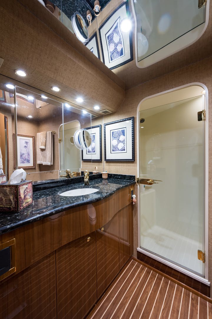 2007 Viking 74' Enclosed JANE E | Picture 4 of 60