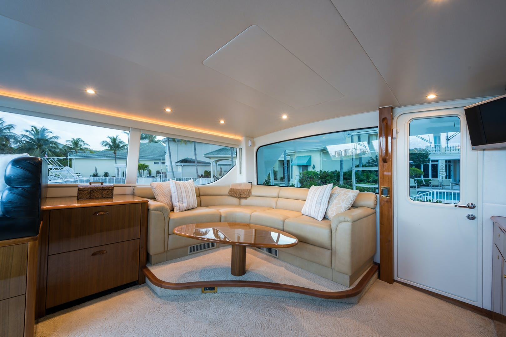 2007 Viking 74' Enclosed JANE E | Picture 3 of 60