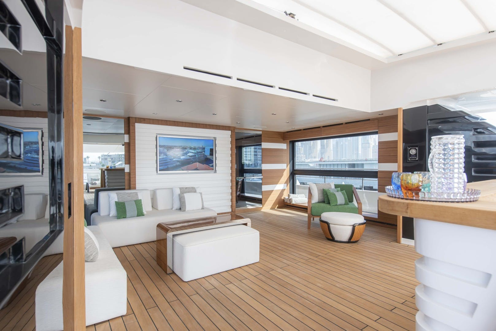 2023 Majesty Yachts 175' Tri-Deck MAJESTY 175 | Picture 4 of 32