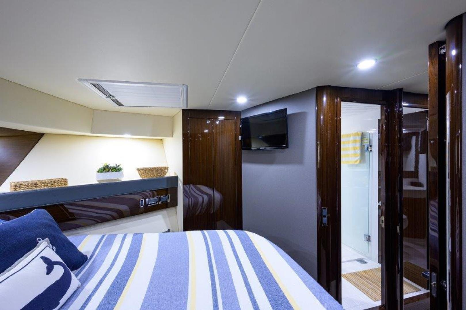 2017 Maritimo 70' M70 Now What | Picture 7 of 100