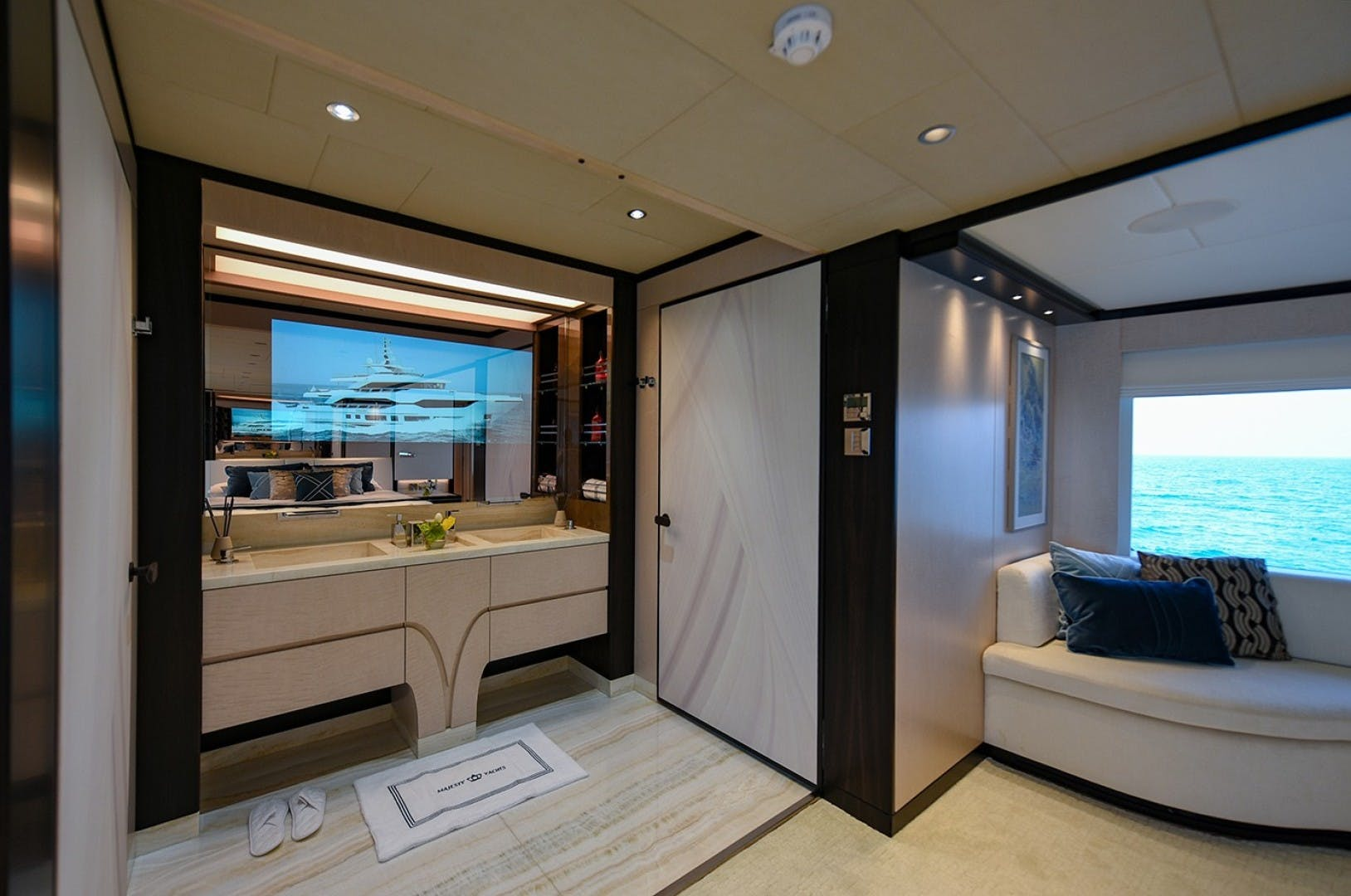 2022 Majesty Yachts 120' Raised Pilothouse MAJESTY 120 | Picture 7 of 39