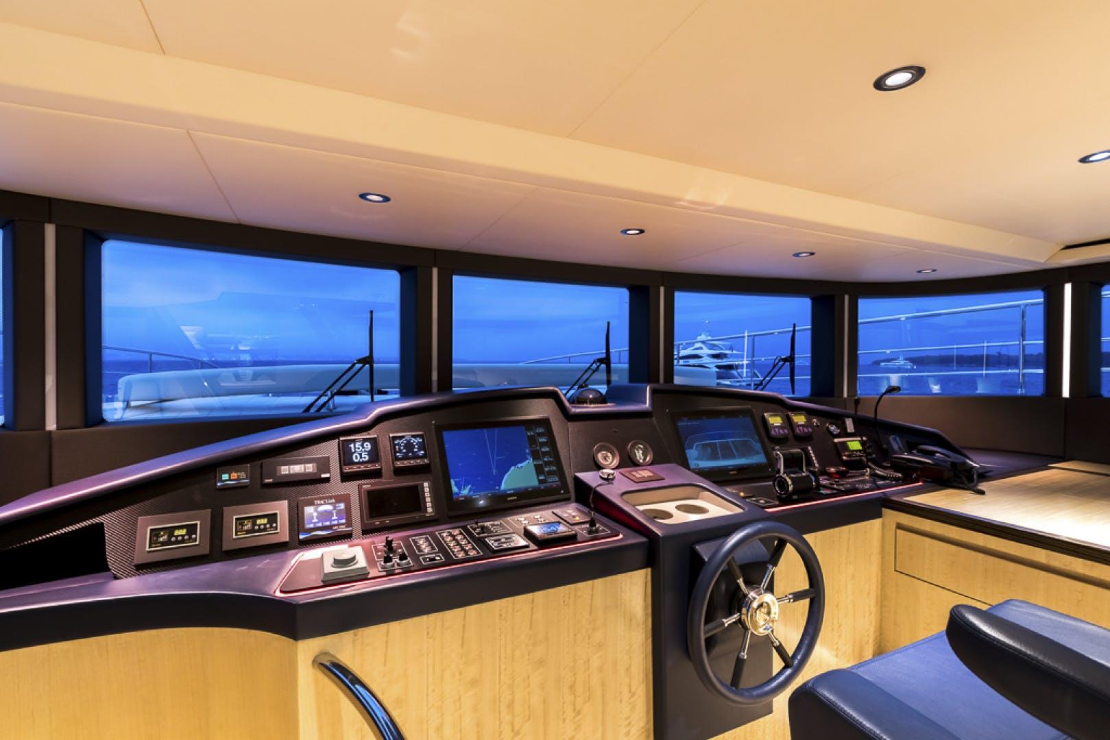 2019 Majesty Yachts 100' Majesty 100 MAJESTY 100 | Picture 7 of 22