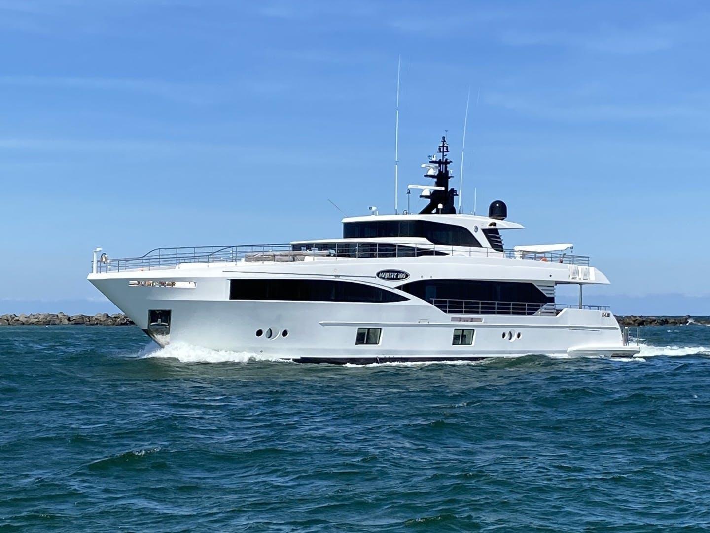 2019 Majesty Yachts 100' Majesty 100 MAJESTY 100 | Picture 1 of 22