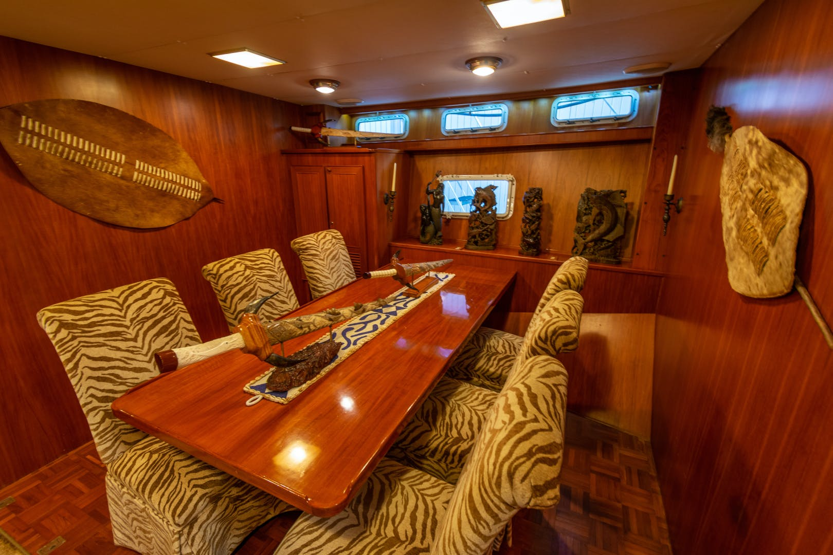 1989 Jefferson 65' 65 Motor Yacht Moon Palace | Picture 1 of 45