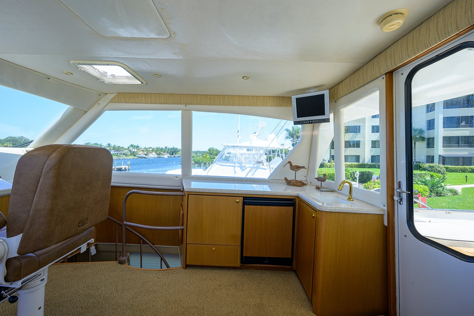 2005 Ocean Yachts 65' Odyssey MISS JAN | Picture 6 of 67