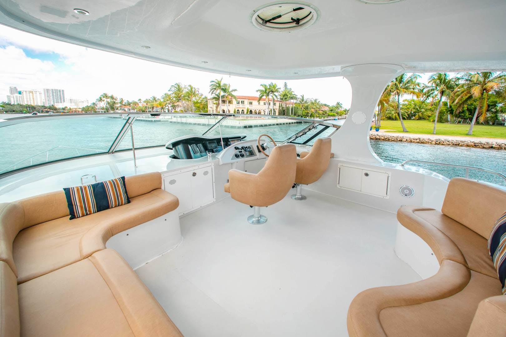 2009 Bluewater Yachts 65' 65 Motor Yacht Half Mine | Picture 6 of 50
