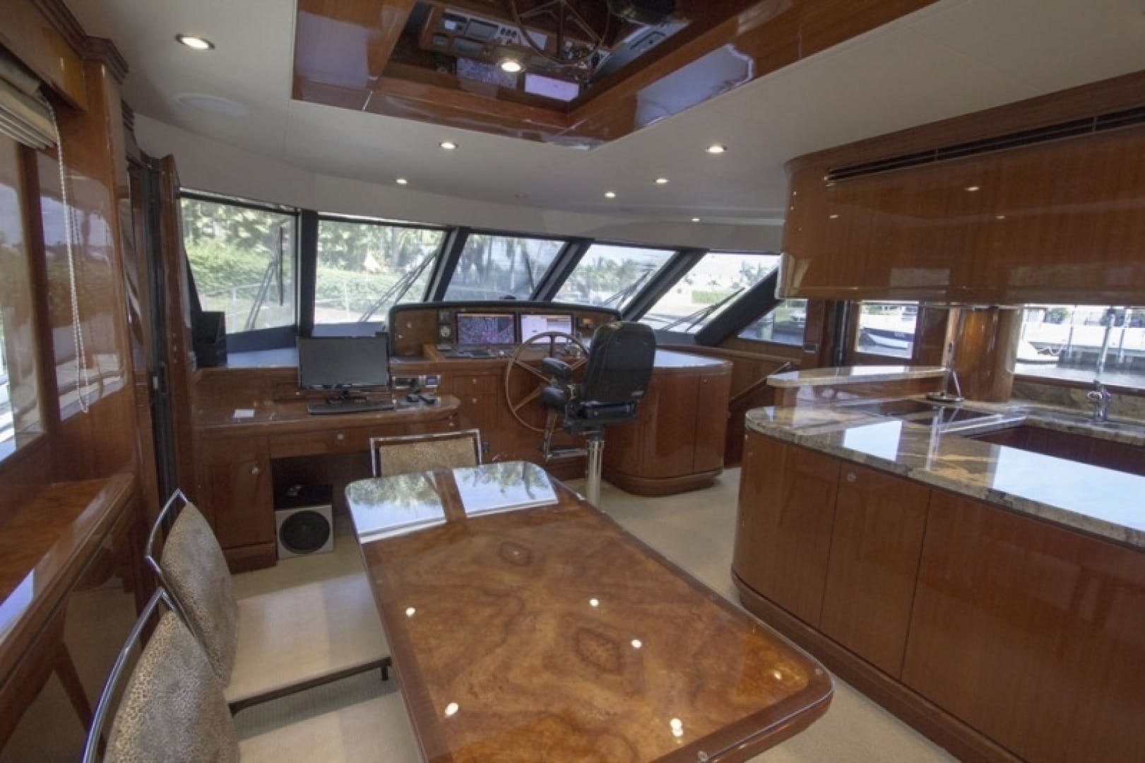 2010 Ocean Alexander 68'  Sea Leaf | Picture 8 of 41