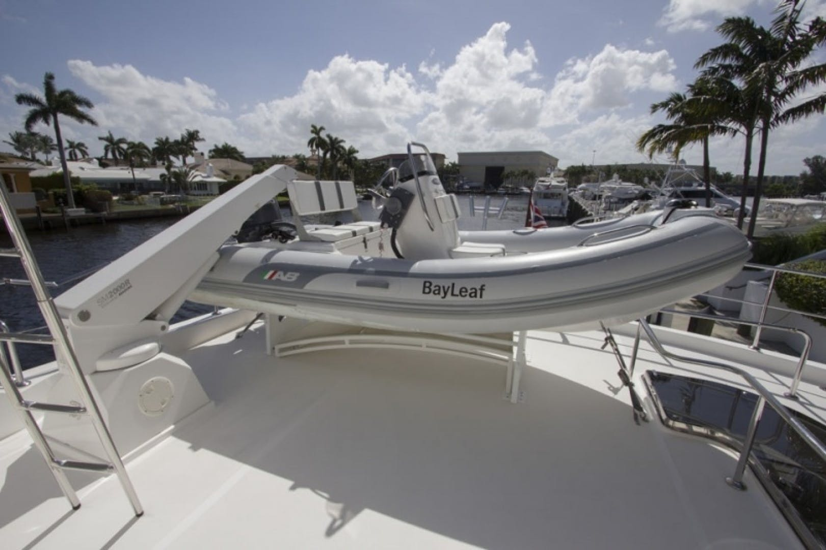 2010 Ocean Alexander 68'  Sea Leaf | Picture 4 of 41