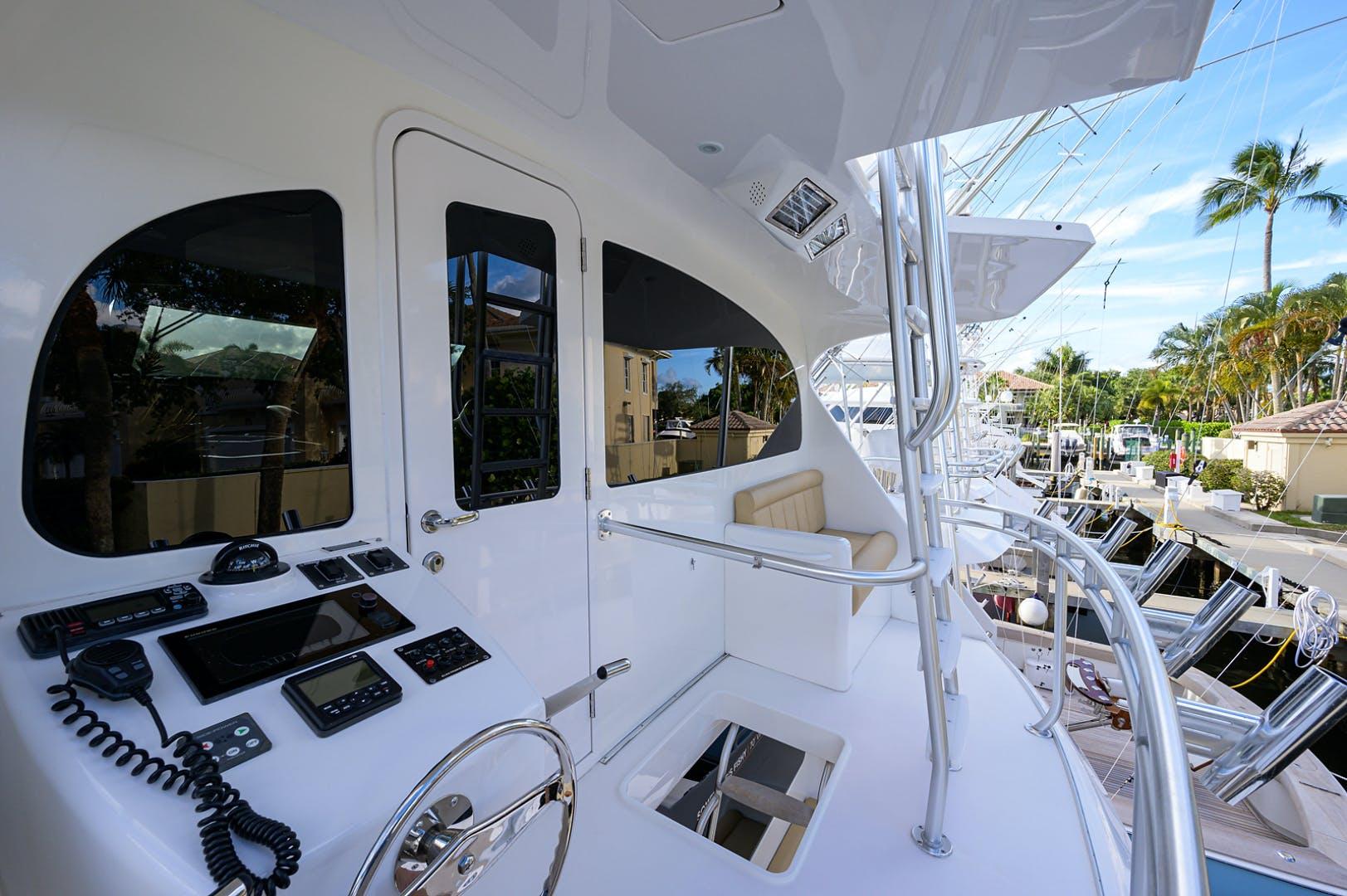2015 Viking 70' Enclosed Bridge SOMETHING'S FISHY | Picture 4 of 56