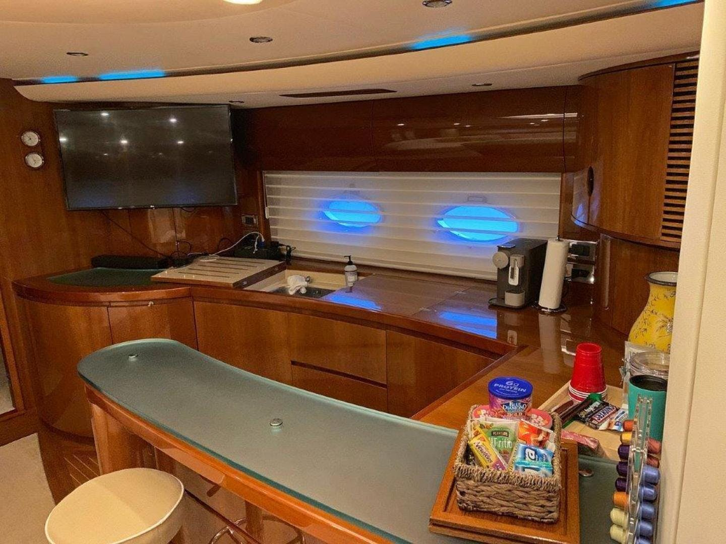 2004 Viking Princess 65' V65 Sweet Thing | Picture 8 of 36