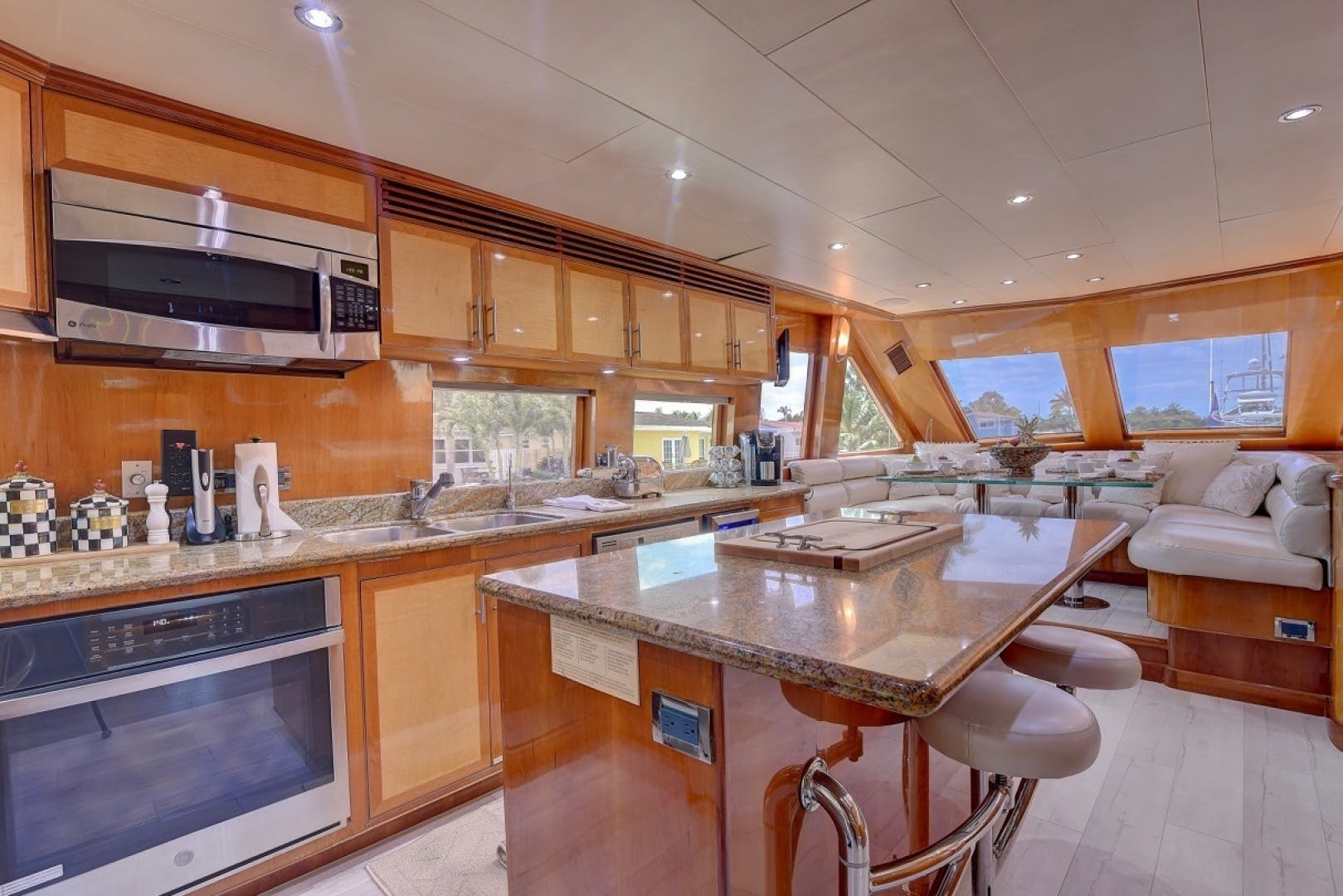 2001 Hargrave 94' Enclosed Bridge Skylounge Done Deal | Picture 1 of 70
