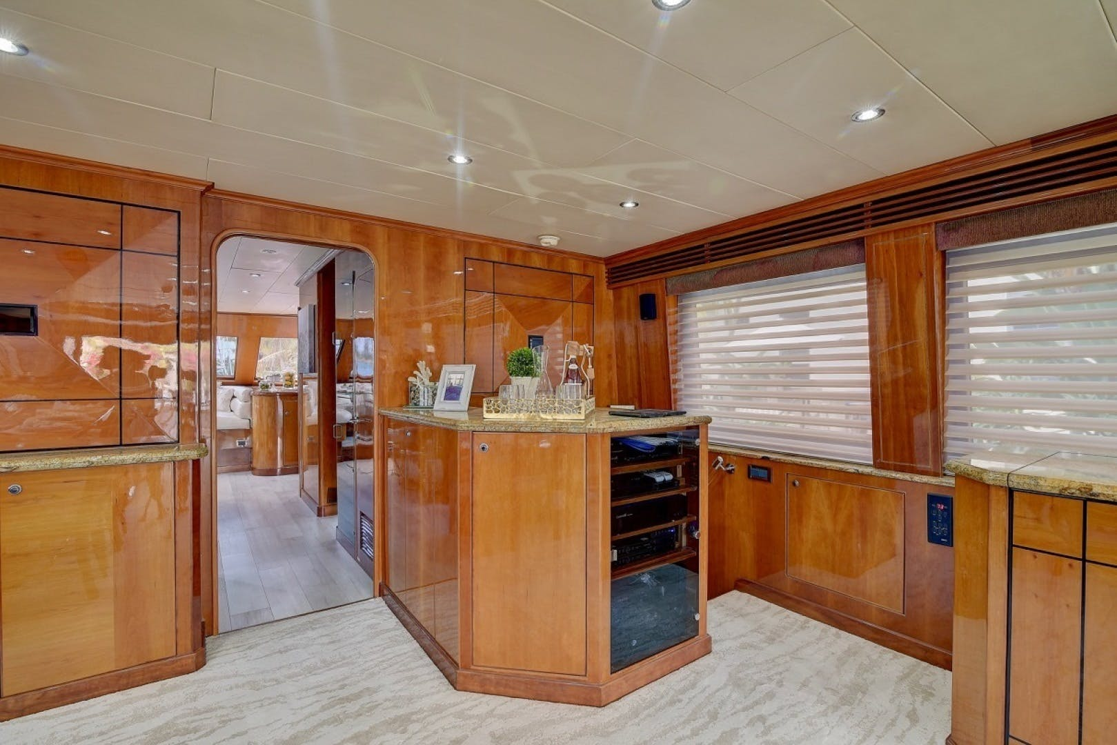 2001 Hargrave 94' Enclosed Bridge Skylounge Done Deal | Picture 4 of 70