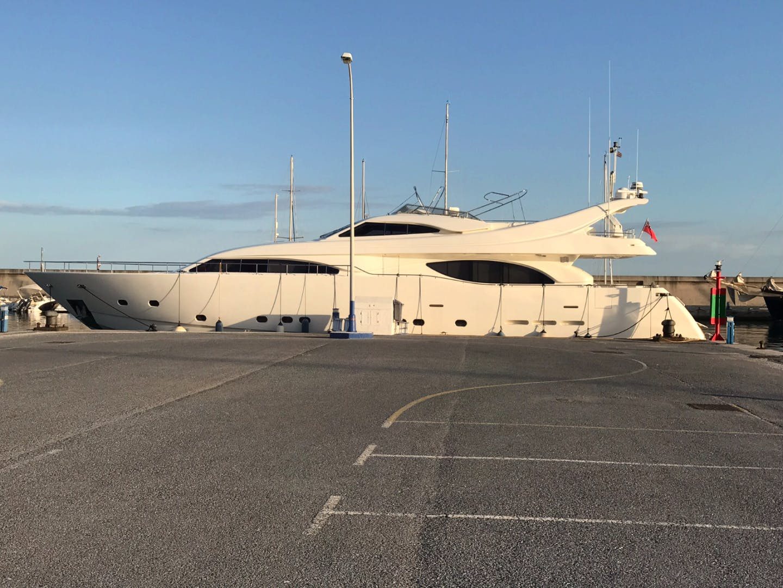 1999 Ferretti Yachts 94' Custom Line 94  | Picture 2 of 13