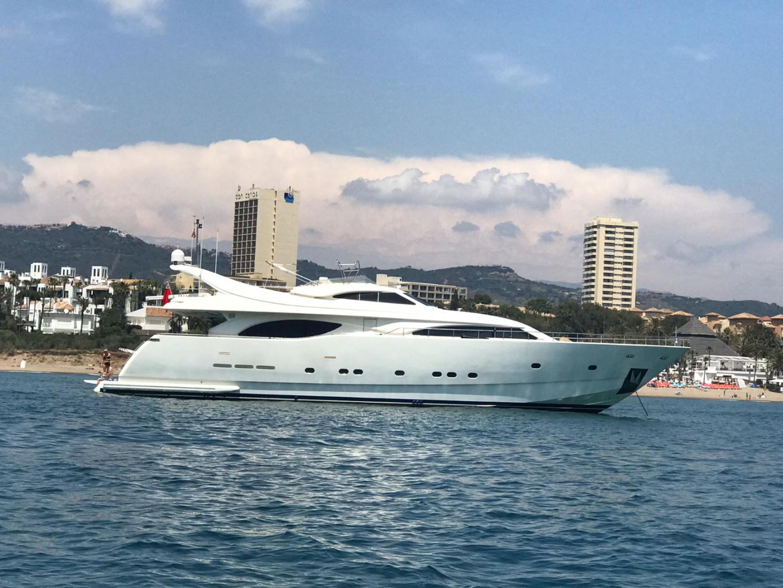 94' Ferretti Yachts 1999 Custom Line 94