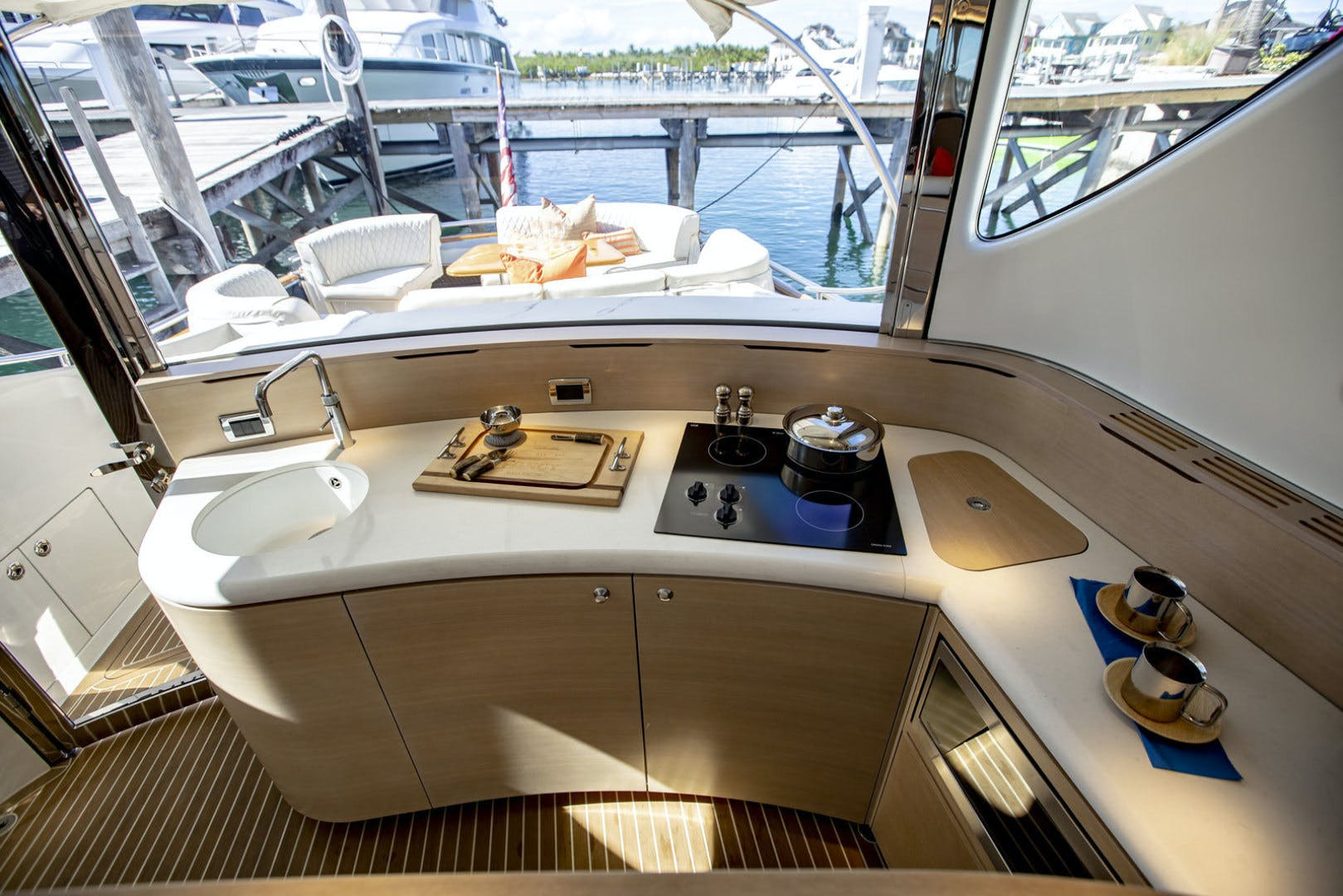 2016 Zeelander 55' Z55 Fancy | Picture 4 of 50