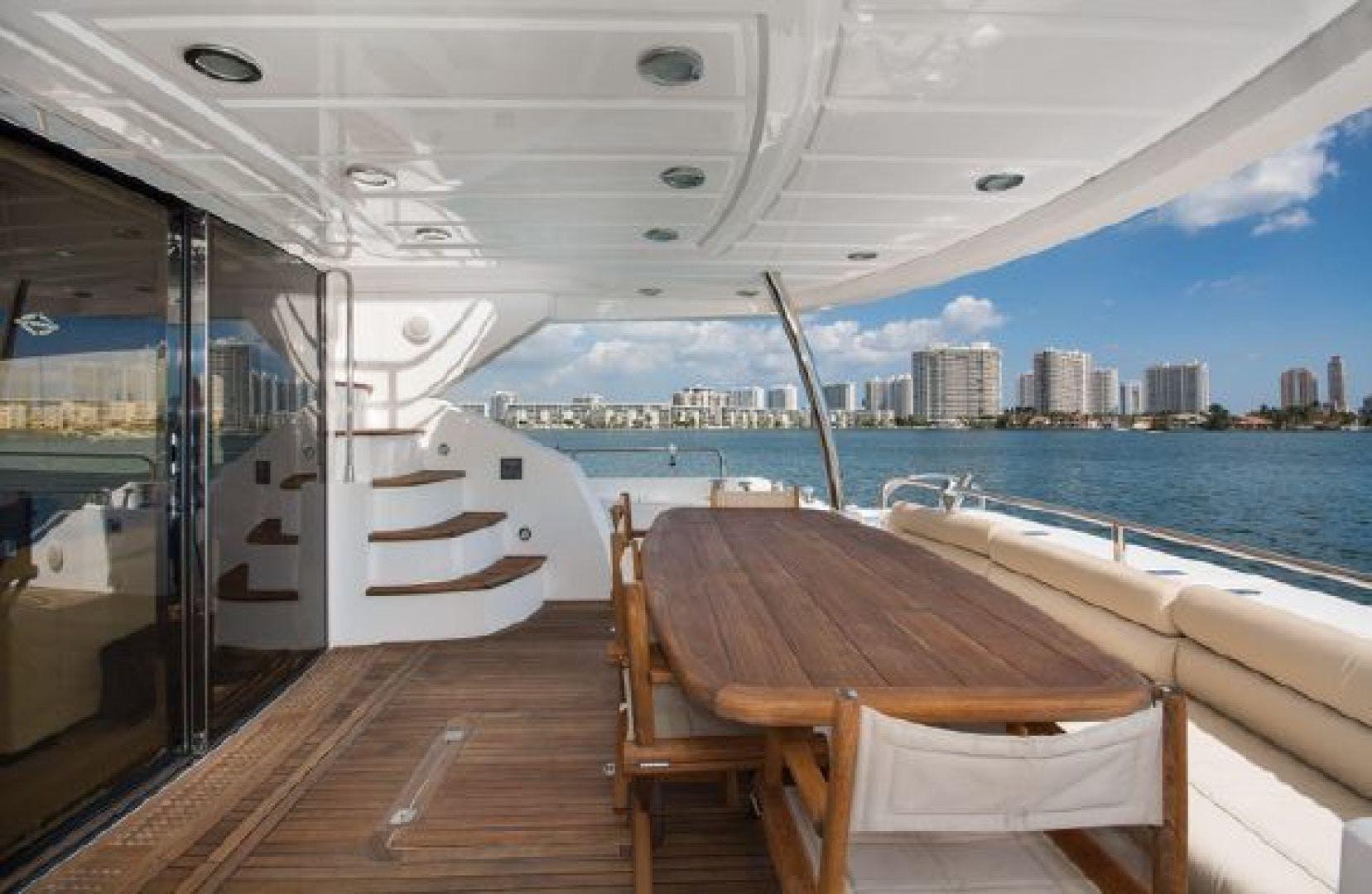 2011 Sunseeker 80' 80 Yacht Morningstar   Picture 4 of 25