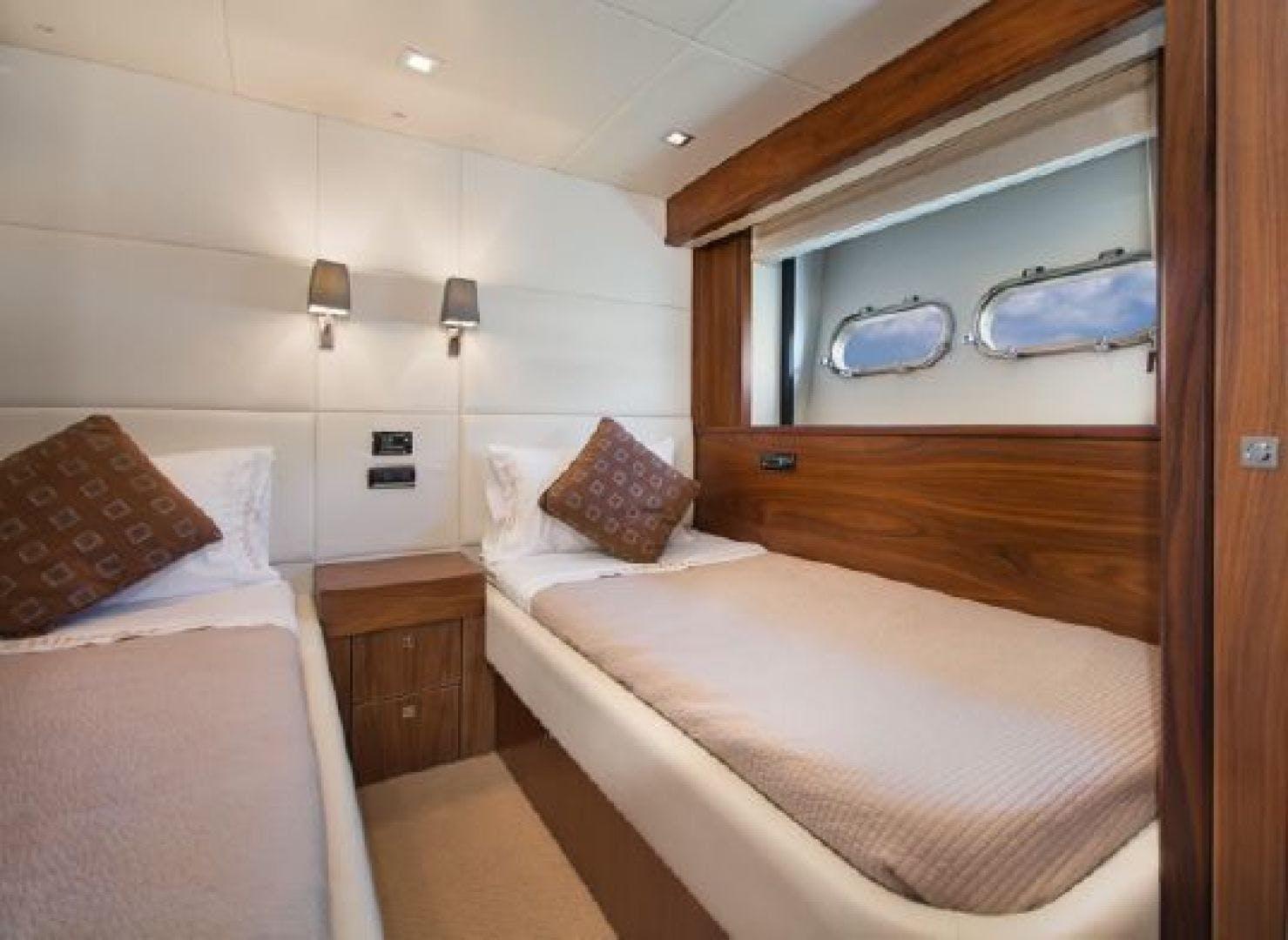 2011 Sunseeker 80' 80 Yacht Morningstar   Picture 7 of 25