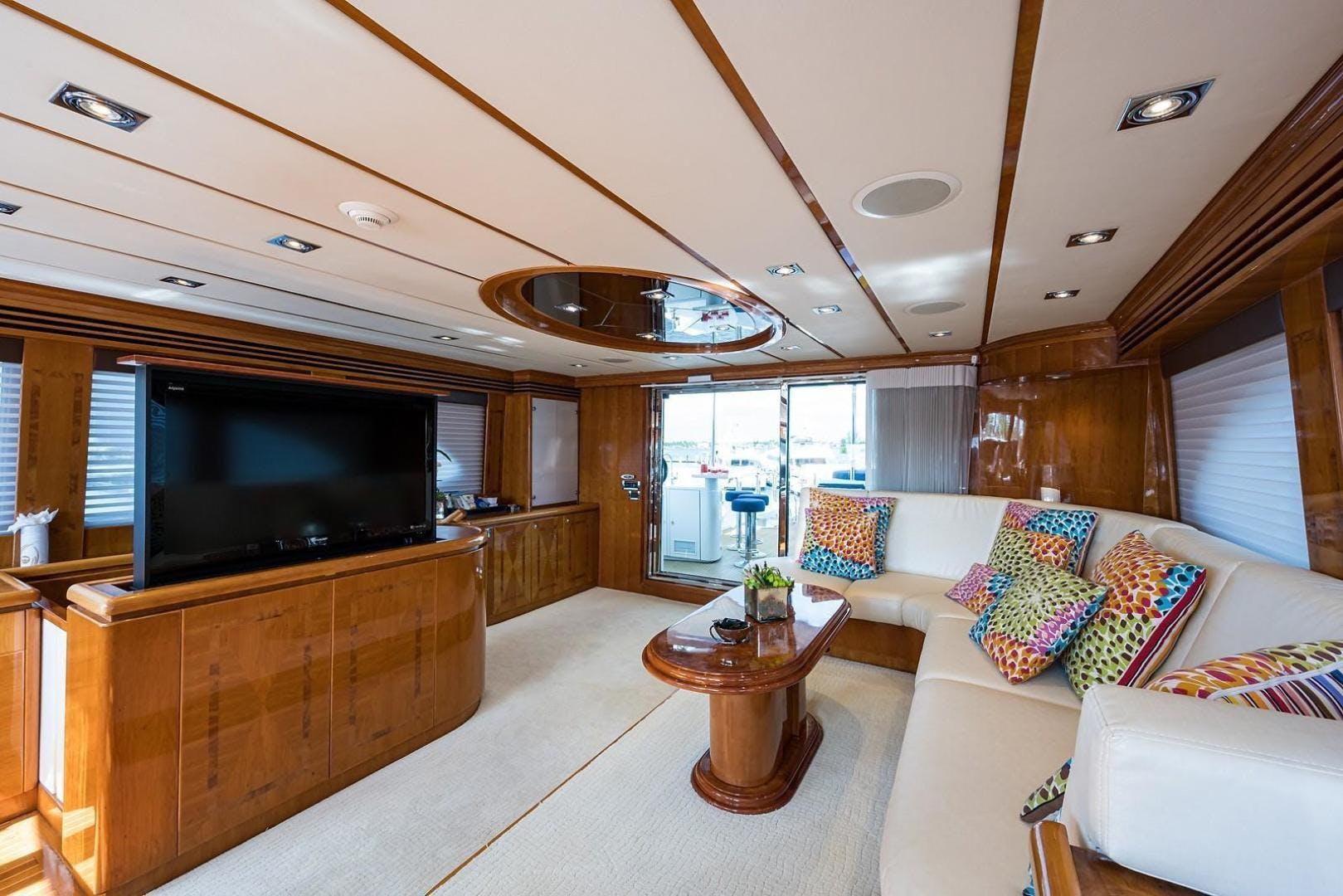 2005 Hargrave 96' Skylounge Ossum Dream | Picture 2 of 51