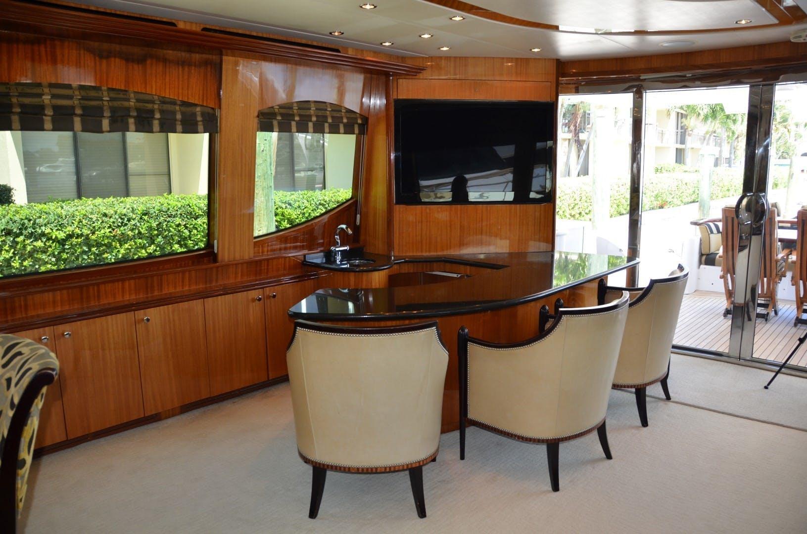 2004 Hatteras 80' Motor Yacht SEA DOZER | Picture 4 of 73