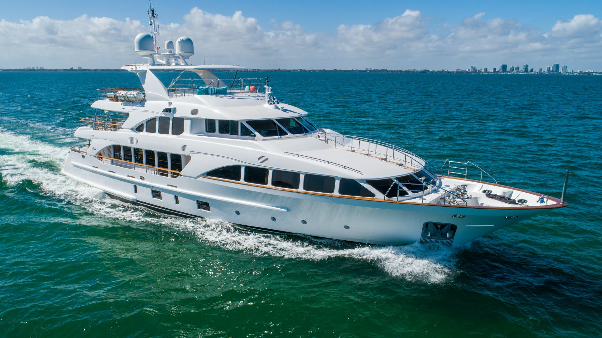 2011 Benetti 121'   | Picture 6 of 61