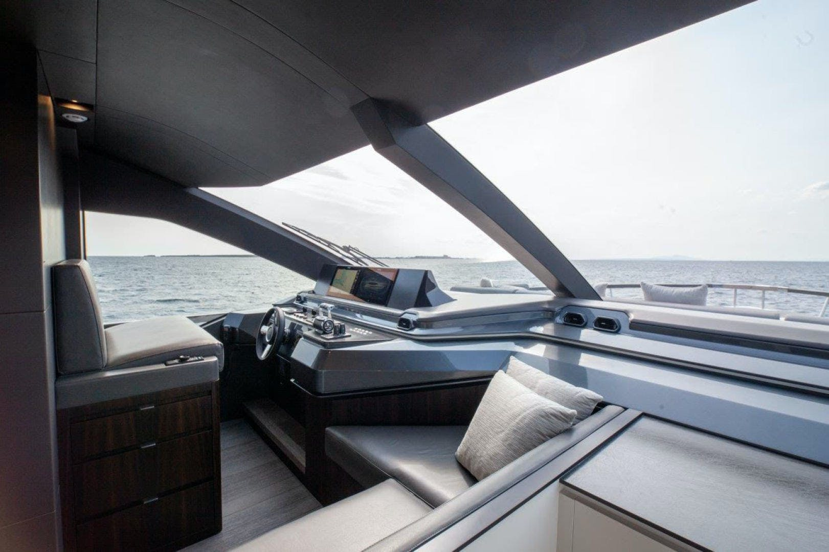 2021 Astondoa 82' AS8  | Picture 1 of 34