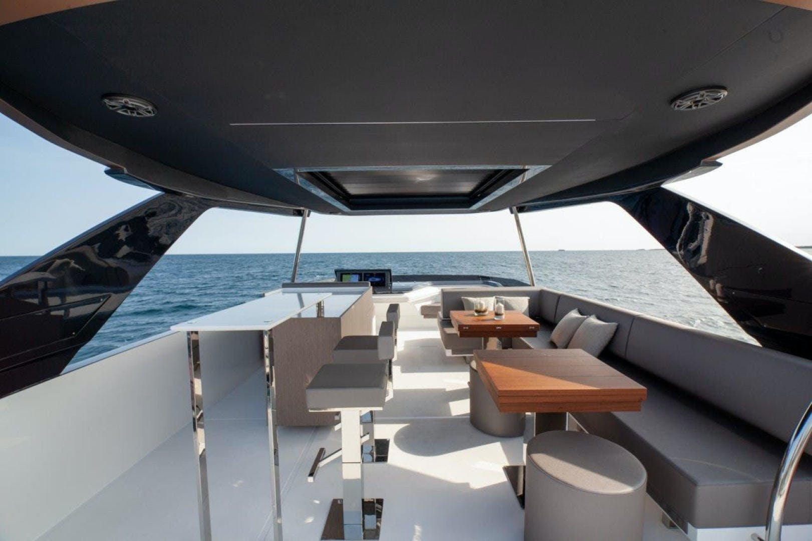 2021 Astondoa 82' AS8  | Picture 5 of 34