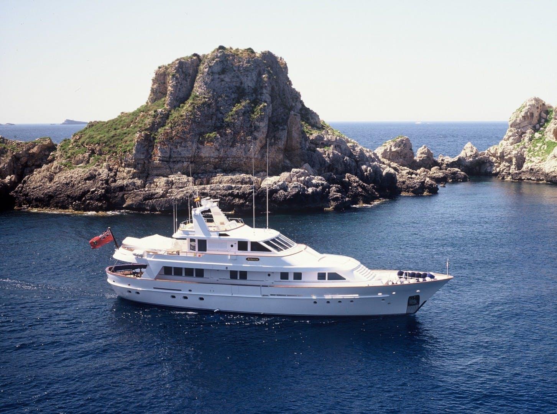 1995 Motor Yacht 104' Astilleros de Mallorca    Picture 2 of 10