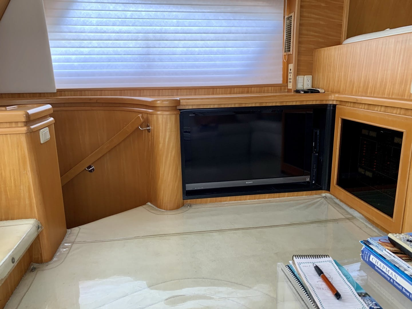 1994 Johnson 56' Pilothouse Motor Yacht Lucky Duck | Picture 2 of 51