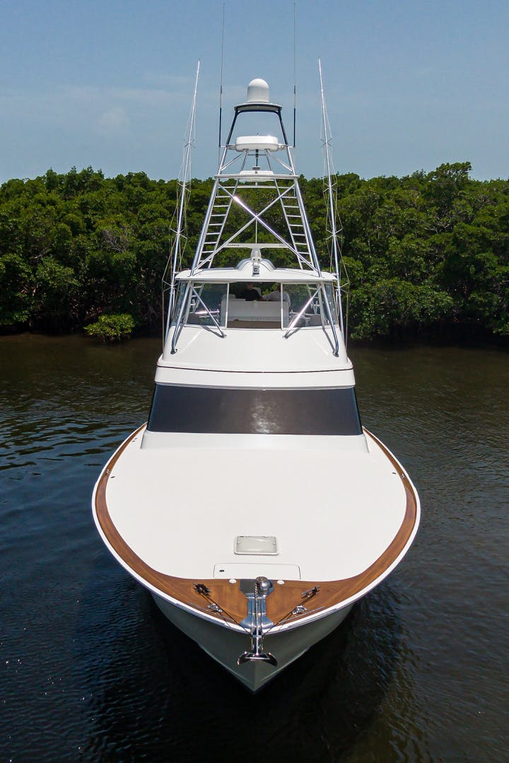 2015 Hatteras 70'  WING MAN   Picture 2 of 48