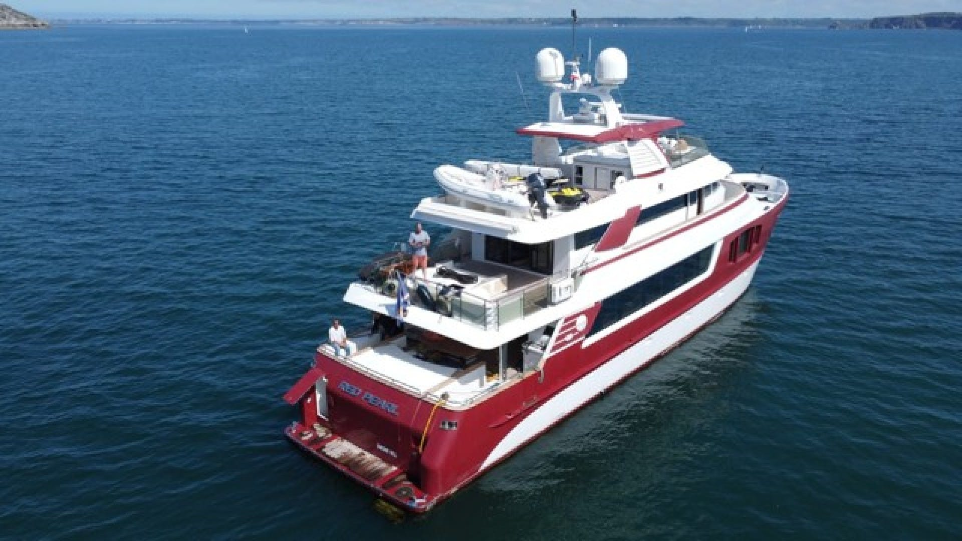 2010 MCP 100' Europa 100 RED PEARL   Picture 7 of 24