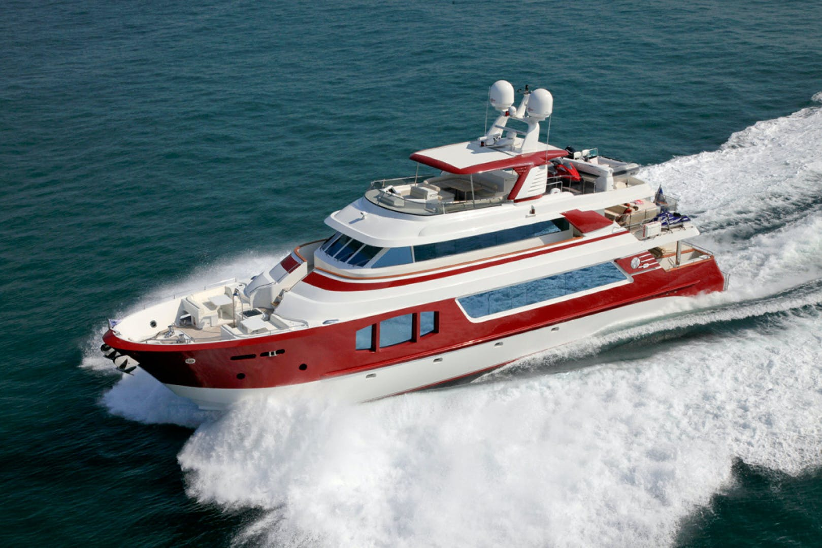 2010 MCP 100' Europa 100 RED PEARL | Picture 1 of 23