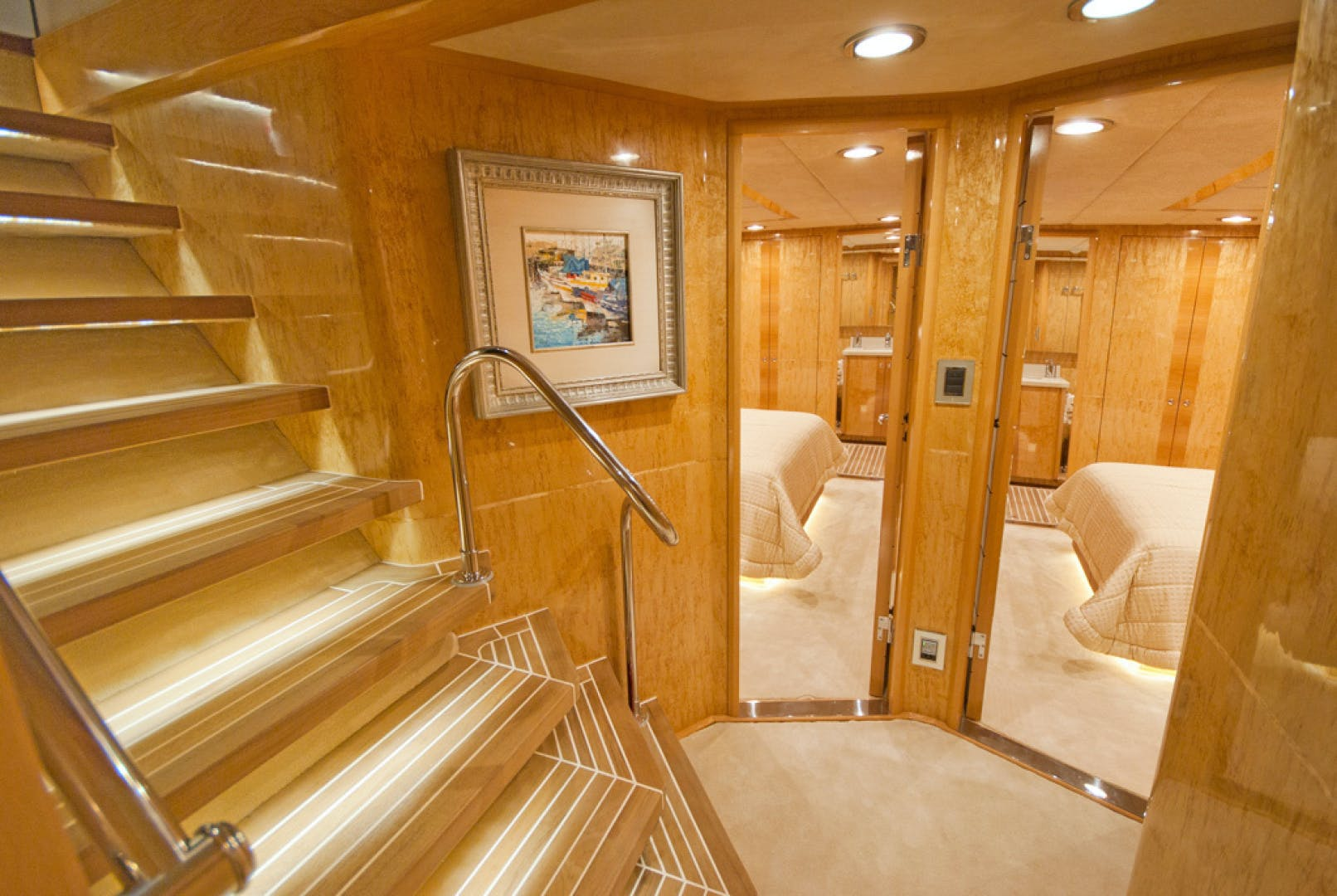 2010 MCP 100' Europa 100 RED PEARL | Picture 7 of 23
